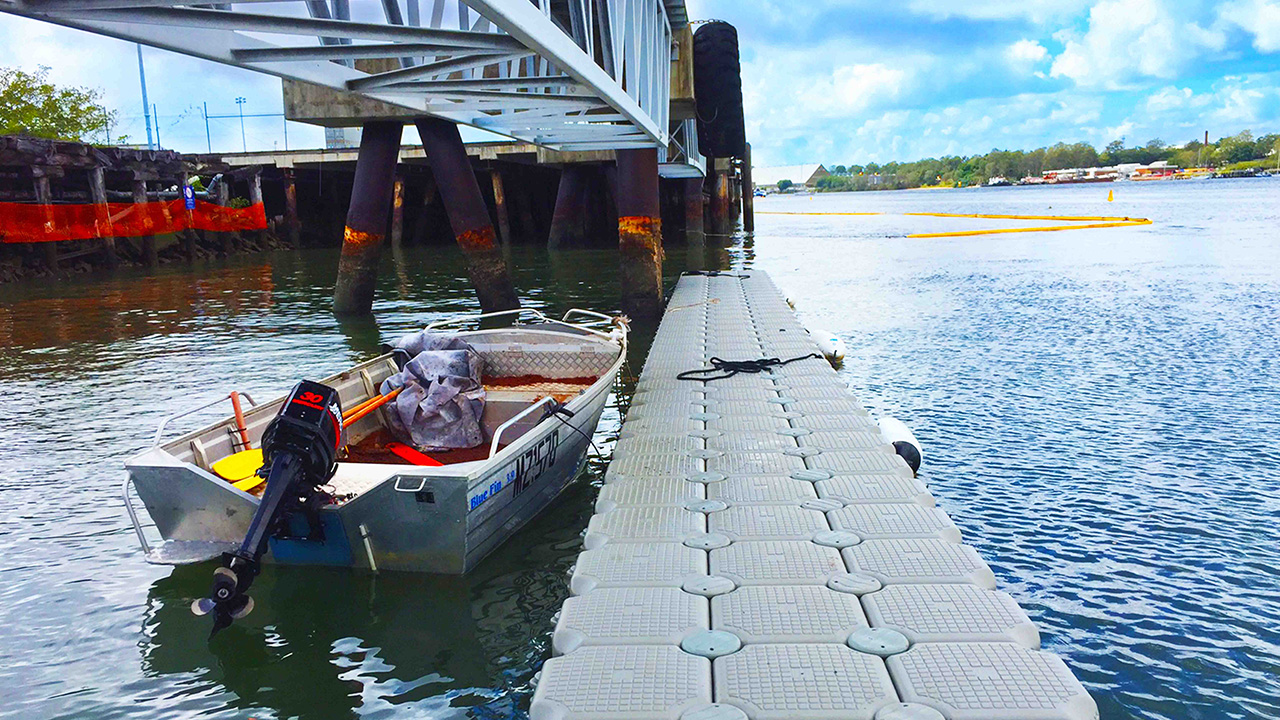 Works anywhere - Perfect for marinas and any waterway. Attach to existing docks or moorings to create floating spaces or walkways. Need to move? Take them apart. They go where you go.