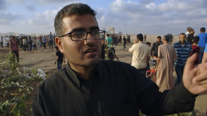 Following poet and non-violent resistance activist, Ahmed Abu Artema, as he inspires peaceful protest in Gaza. - https://www.aljazeera.com/programmes/witness/2018/09/fire-sea-man-gaza-great-march-return-180923092246387.html
