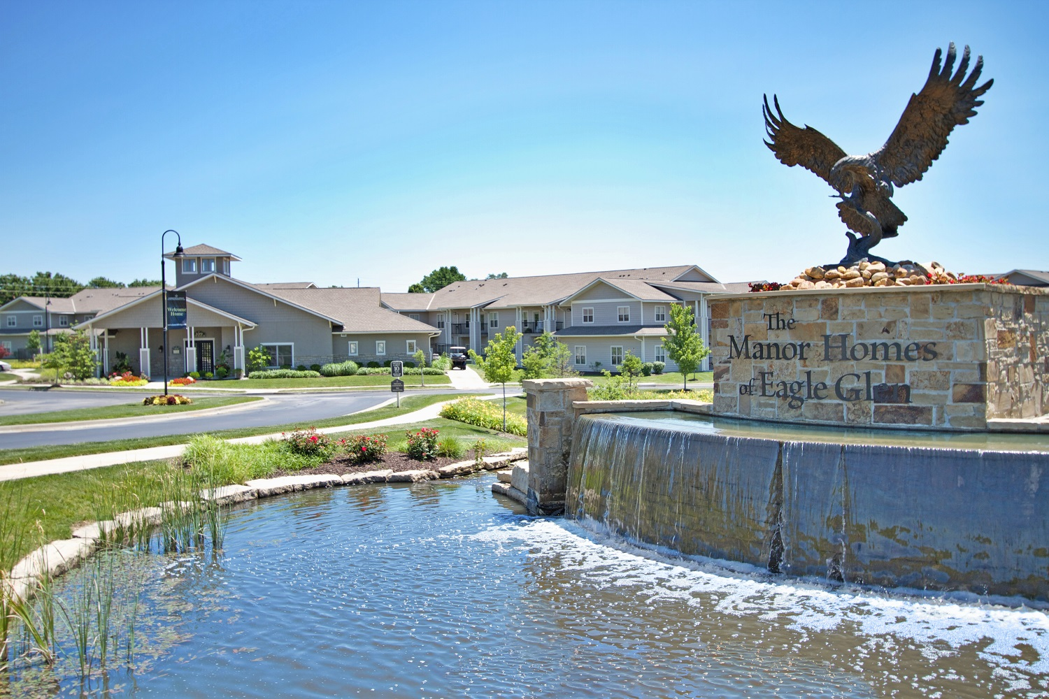 Manor Homes of Eagle Glen- Exterior Eagle Fountain.jpg