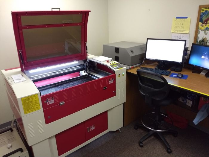 a laser cutter that's in the Dillsburg KatapultLabs Libratory