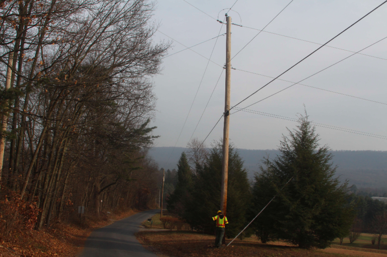 a hallway shot, which displays the current pole, all it's wires, and the next pole in the line