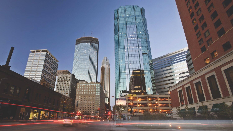 Minneapolis-Downtown_Shutterstock_01292014_004.jpg