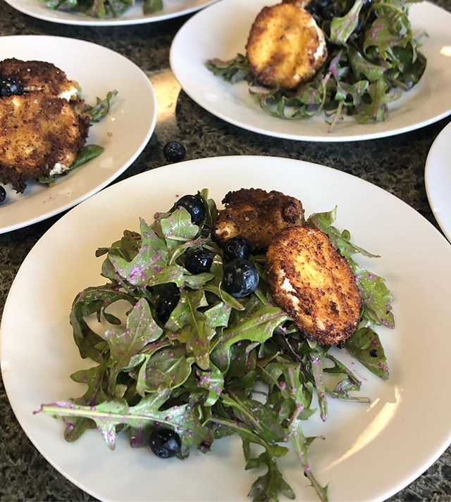 Tired of traditional salads? Beat the salad blues like we did with a blueberry vinaigrette, fried goat cheese, and fresh blueberries.  Adding blueberries also adds vitamin C, fiber, and antioxidants.  #freshfruits #saladsofinstagram #blueberry  #salads
