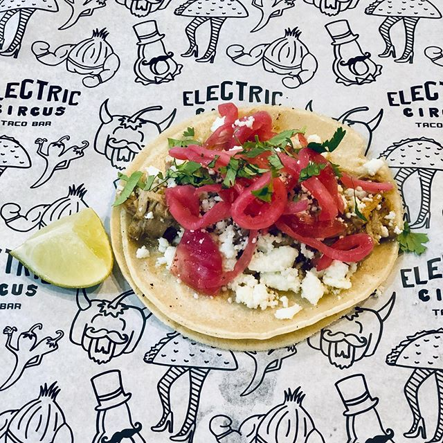 Introducing the new and improved Pork Barbacoa Taco! This bad boy is loaded with Mojo Barbacoa that is exploding with flavors of garlic and citrus. Topped with pickled red onions, queso fresco and cilantro. Available inside @precariousbeerproject - 110 South Henry Street - Williamsburg #tacos #barbacoa #meatsweats #williamsburgva #streettacos