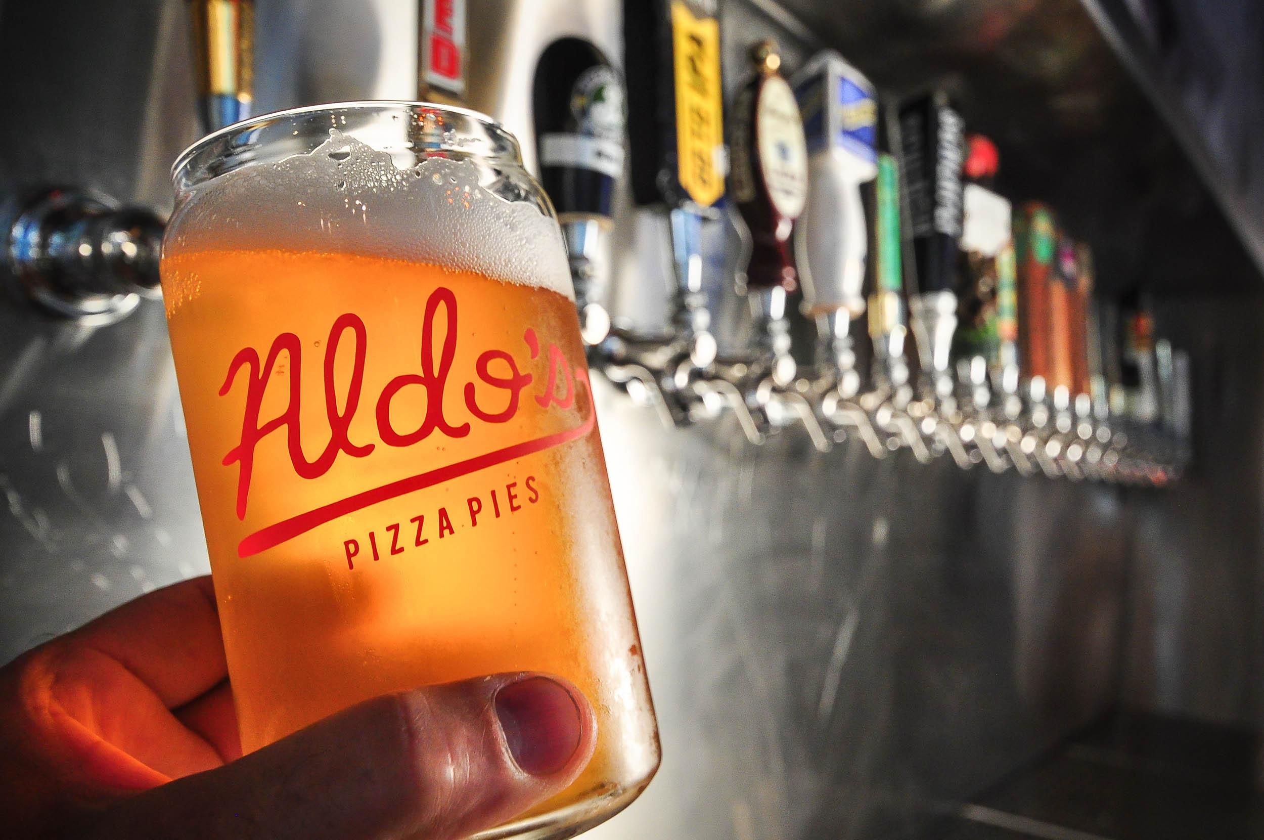 Aldos Pizza Pies 0177.jpg