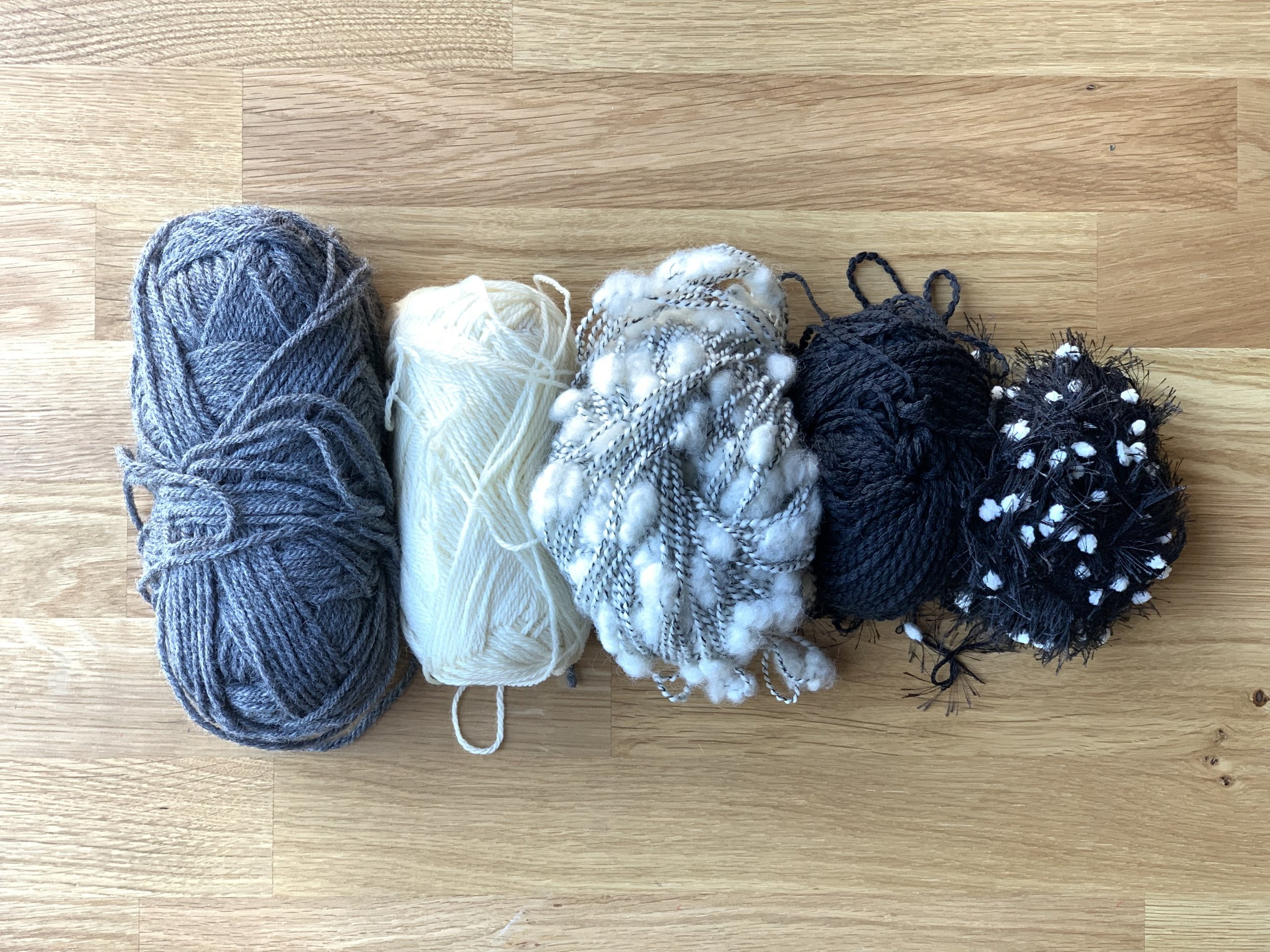 black and white yarn kit x2.jpg