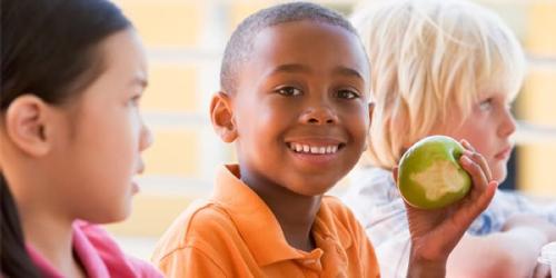 Beachbody-blog-kids-eat-healthy-v2.png