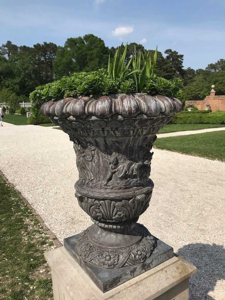 "These urns are fabulous and stand at the ""top"" of the Palace Garden. One on either side of the wide path. ©betsygibsondesign"