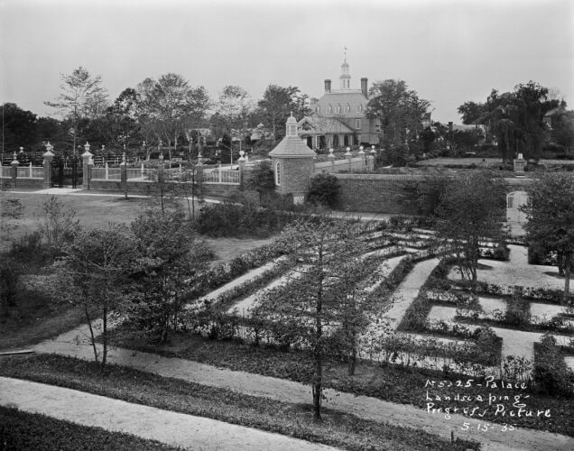 "May 15, 1935. The Maze and Palace Gardens.© Nivison, Frank, ""Governor's Palace Gardens,""  John D. Rockefeller Jr. Library, Colonial Williamsburg Foundation , https://rocklib.omeka.net/items/show/1890."