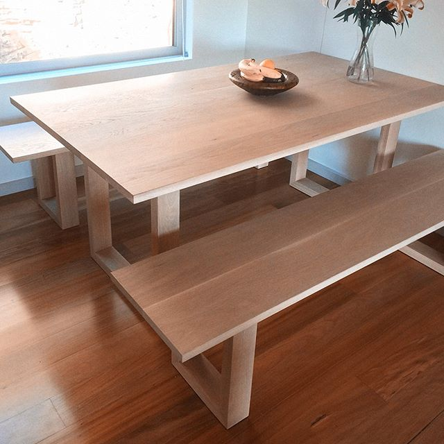Solid American Oak dining table and bench seats. . . . .  #americanoak  #customfurniture #diningtable #handmade  #sydneyfurniture  #interiordesignsydney #sydneyarchitecture #designfiles #bondibeach  #architecturelovers #woodentable #easternsuburbs  #shoplocal #customdesigns #custommadefurniture #sydneycarpentry