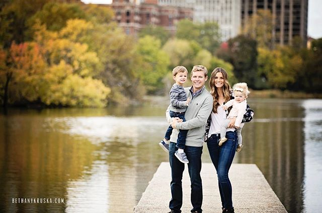 What a beautiful fall it was! #bethanykruskaphotography #chicagofamilyphotographer #chicagochildrensphotographer #chicagoportraitphotographer #chicagophotographer #chicagokids #chicagomoms