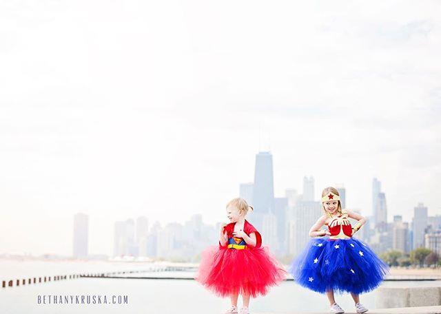 Girl Power!!! #bethanykruskaphotography #chicagofamilyphotographer #chicagoportraitphotographer #chicagokidsphotographer #chicagofamilyphotographer #chicagophotography