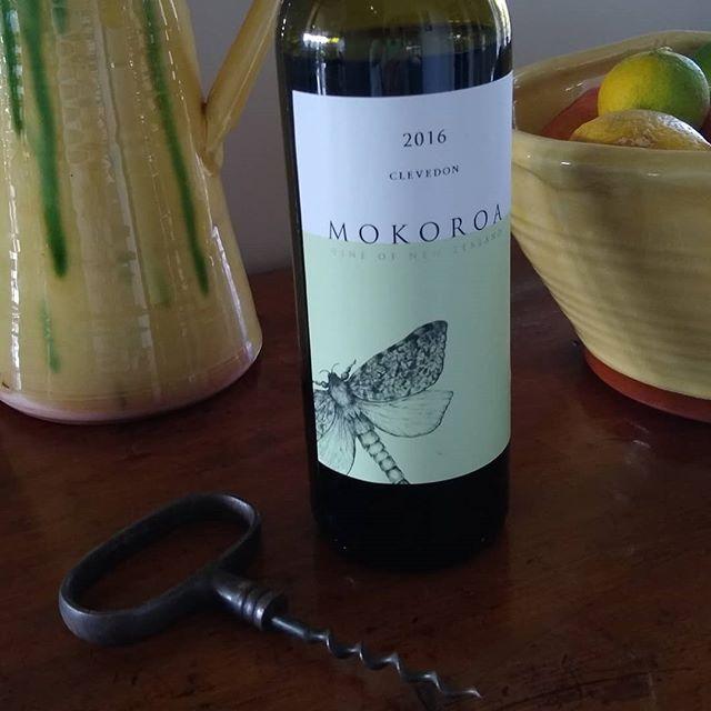 Mmmmm Mokoroa. Known as Mokoroa in Maori, the Puriri Moth (the largest moth on NZ) lives in the Puriri trees surrounding the vineyard. . .  #puririhillsvineyard  #puririhills #mokoroa #nzwine #winestagram #wineofnz