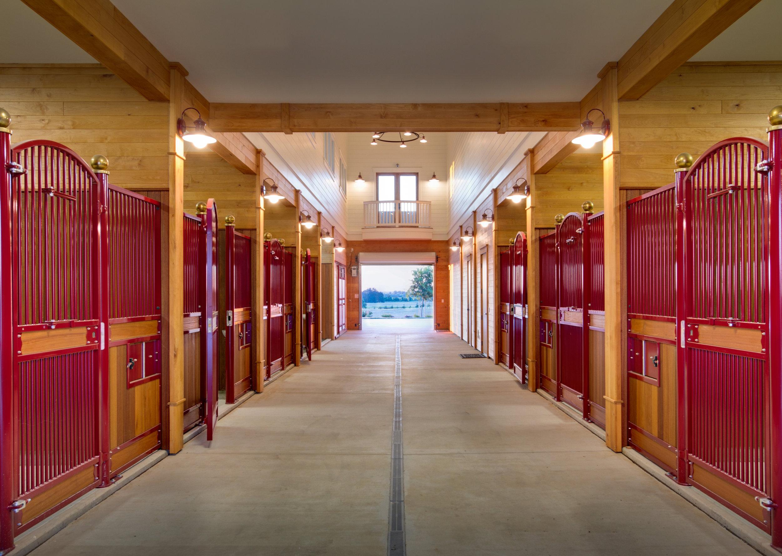 Professional Horse Barn Accessories Rubber Pavers Custom Barn Doors