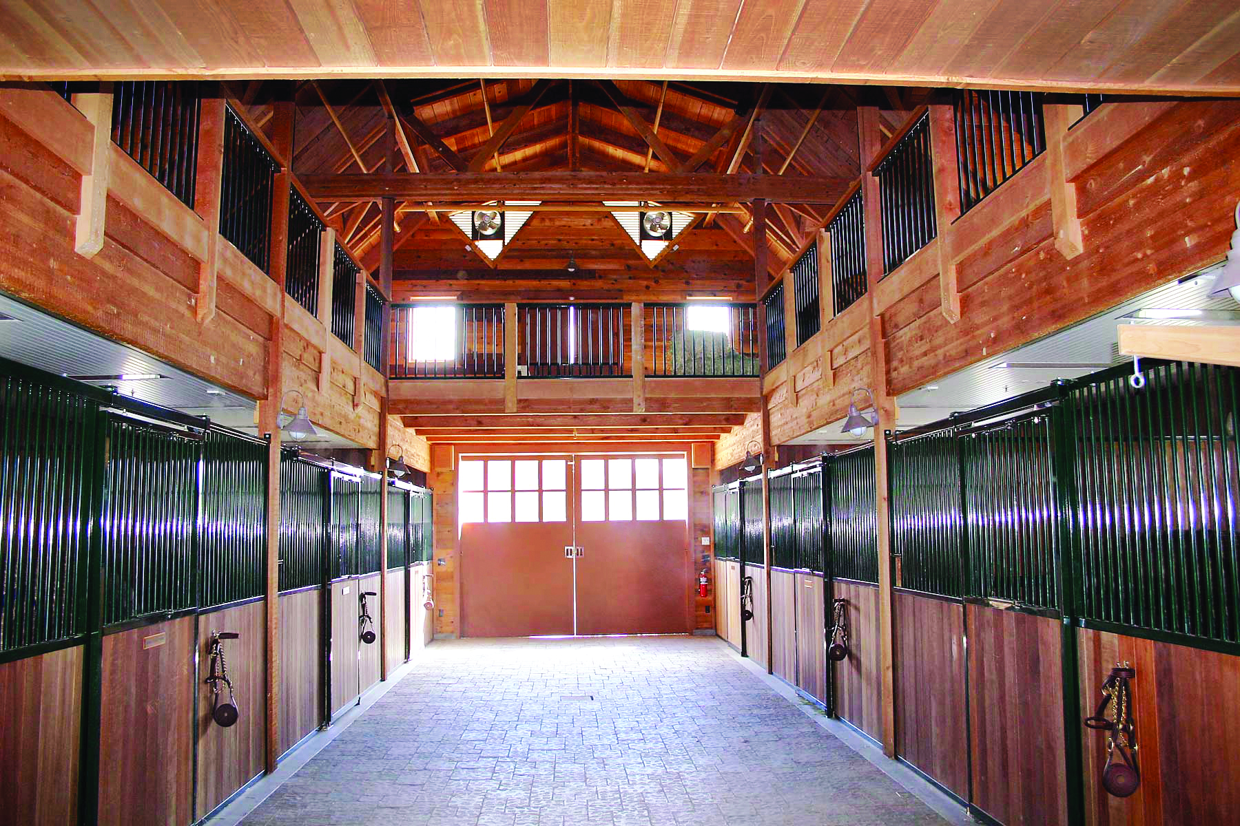 Professional Horse Barn Accessories Rubber Pavers Custom Barn Doors