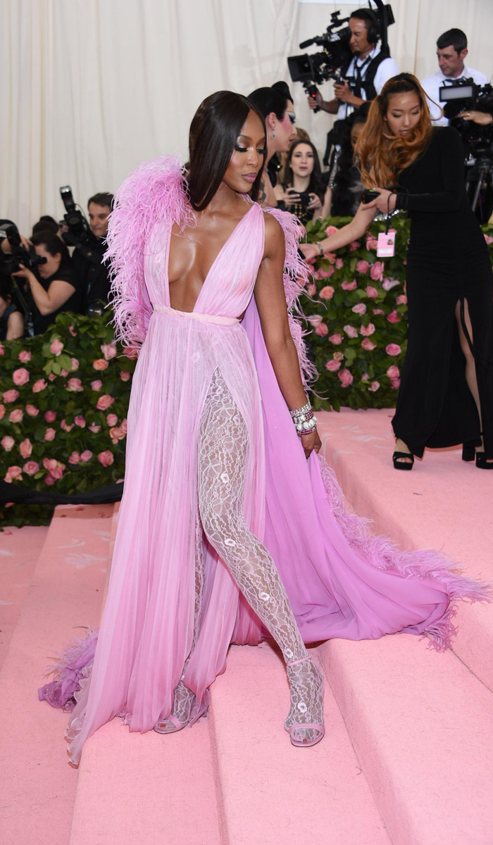 Valentino Haute Couture - 4. naomi campbell