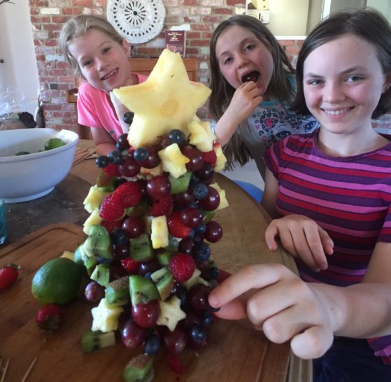 Interview with Amanda Downsborough- My kids and Amanda's kids made a rainbow fruit Christmas tree together!