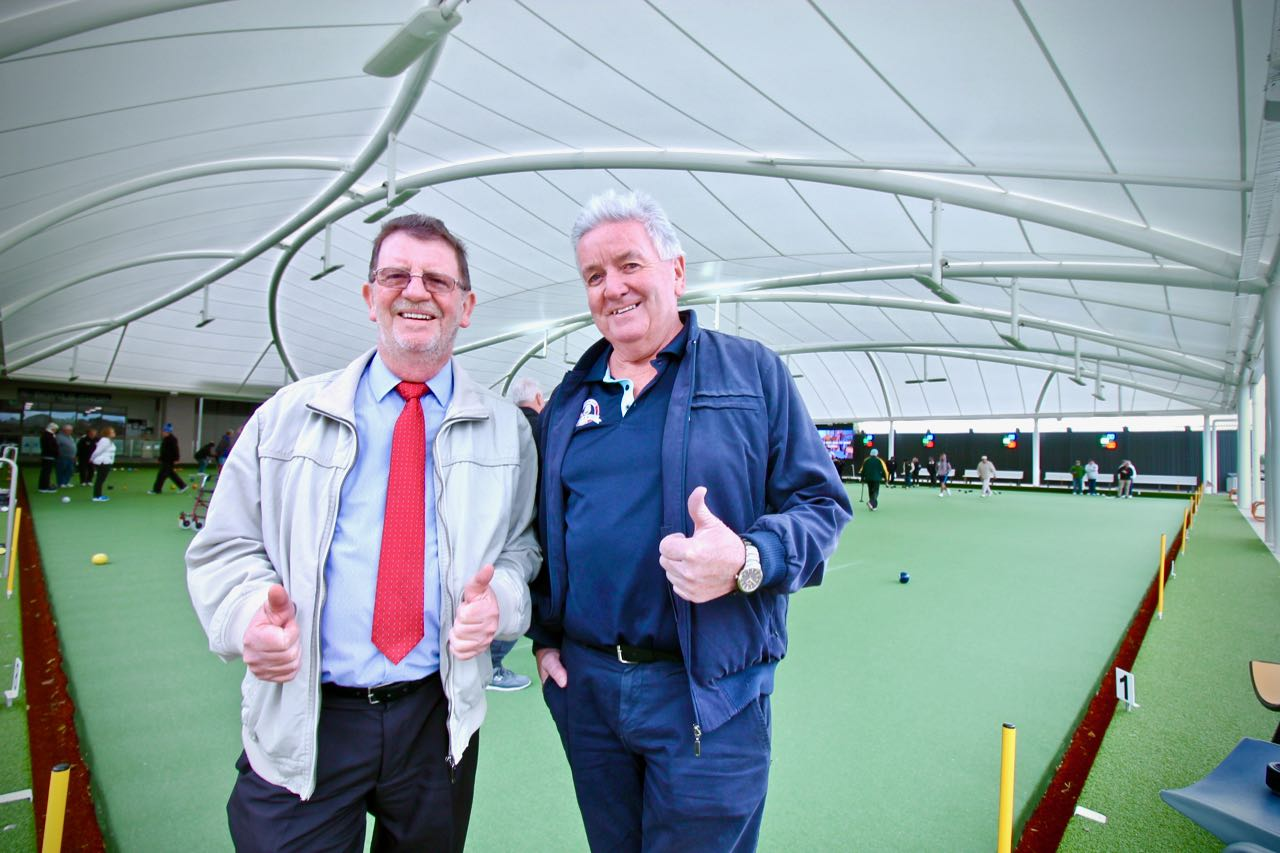Dandenong Bowls Club General Manager Ross Dunlop & President Charlie Daly