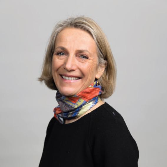 Eli Cathrine Disch    CFO i Basefarm   Styremedlem siden 2017. Eli Cathrine har utdannelse i økonomi og finans fra American University i Paris og London Business School, og en MBA i strategi og lederskap fra BI. Hun har jobbet i PwC i Norge og i Øst-Europa, og har 15 års erfaring som CFO i raskt voksende teknologiselskaper.