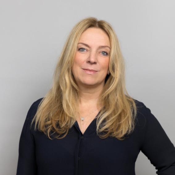 Toril Nag    Konserndirektør Tele i Lyse-konsernet   Styrets leder siden 2015. Toril er utdannet siv. ing. i Computer Science fra University of Strathclyde i Storbritannia. Hun har toppledererfaring fra ulike teknologivirksomheter og fra bank/ finans og er medlem av det regjeringsoppnevnte Digitaliseringsrådet. Hun har bred erfaring fra styrearbeid, og er bl.a. styreleder i Altibox AS og styremedlem i Bane Nor.