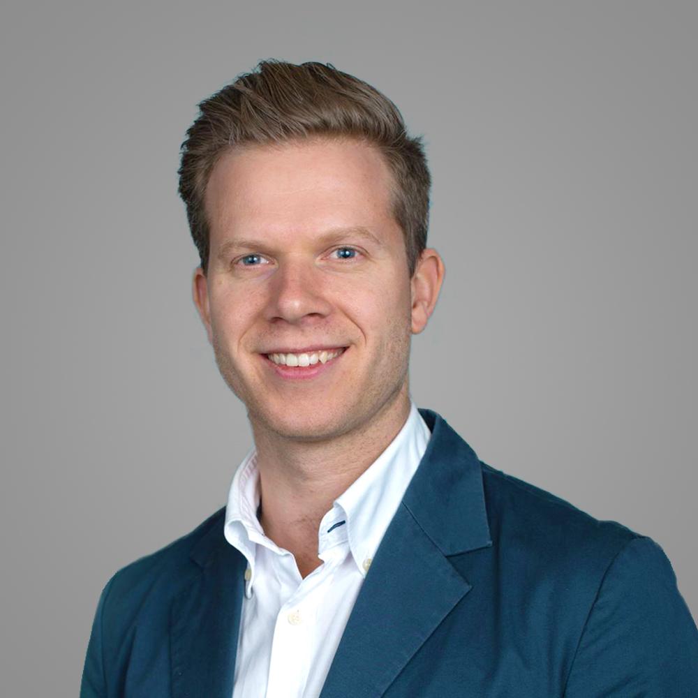 Fredrik Halmøy Wisløff    Teknologidirektør   Fredrik er utdannet Master of Science and Entrepreneurship fra NTNU. Han har en bred erfaring fra flere teknologiselskaper, som konsulent, gründer, og sist som COO i Zentuvo AS.