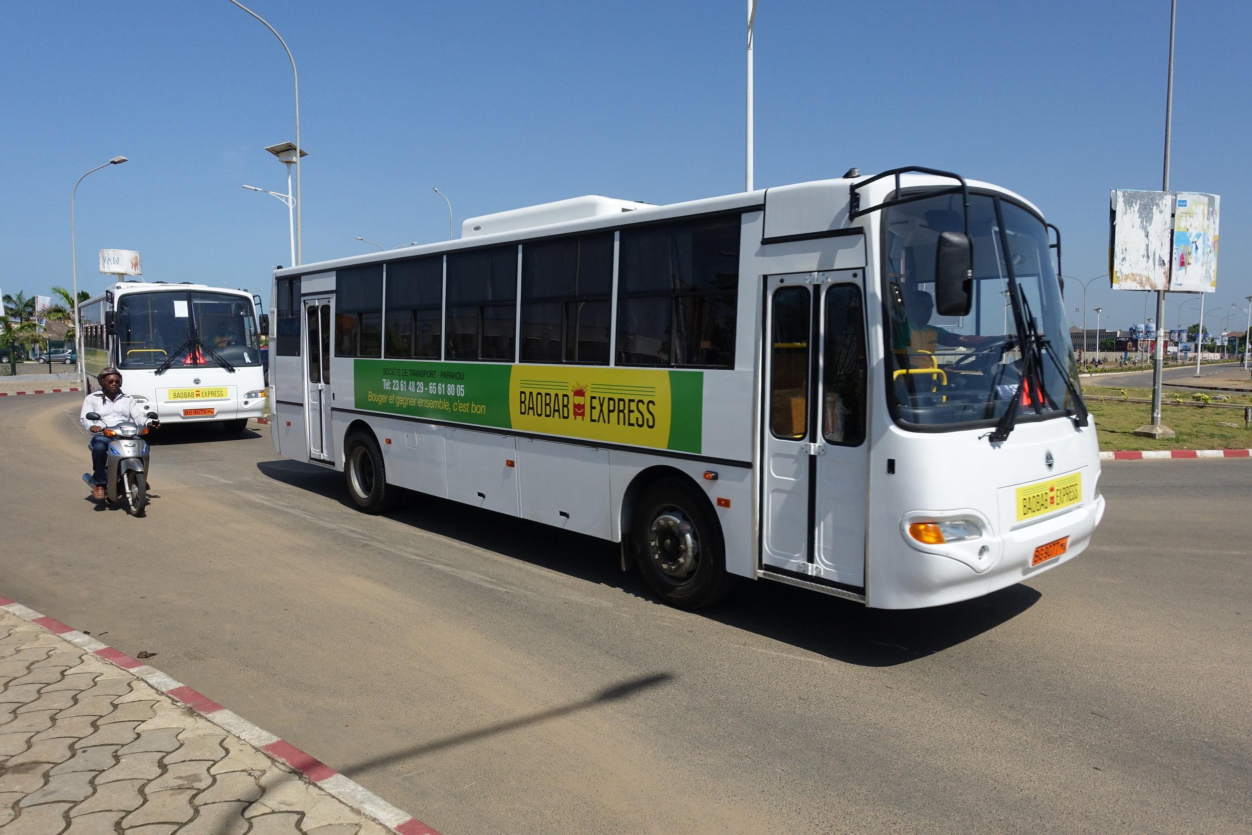 Baobab Express - Bus belettering