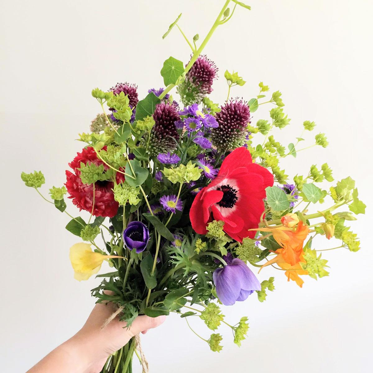 bouquet_summermix-reds-sq.jpg