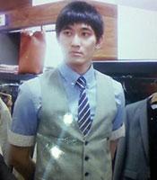 Hooyeon Lee -