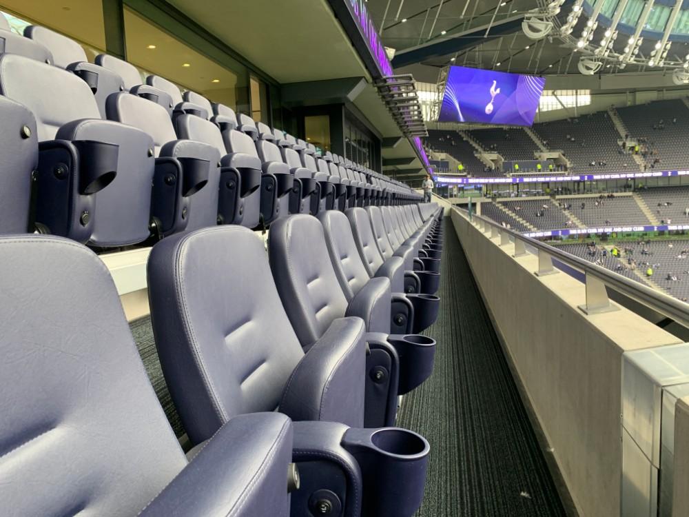 H Club seating