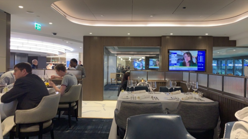 H Club fine dining area.jpg