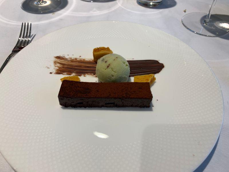 H Club chocolate dessert.jpg