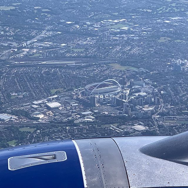Stunning clear skies flying back over Wembley today after a quick day trip to Edinburgh #ba100 #wembleystadium
