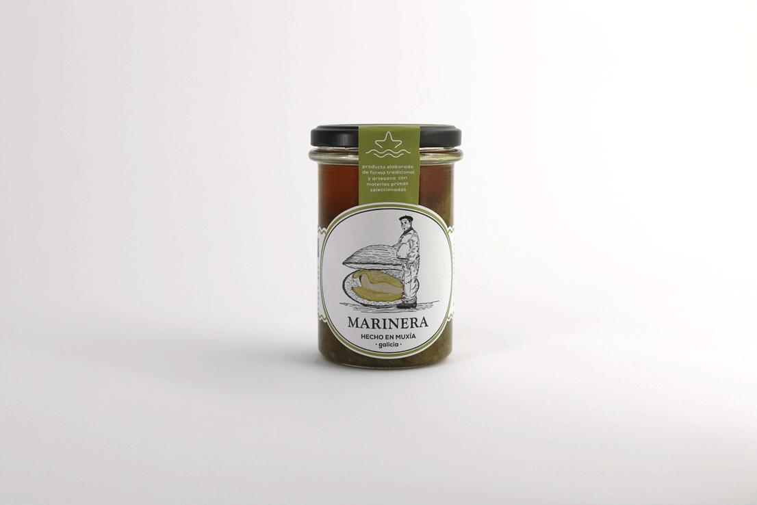 SALSA MARINERA - Se trata de una variante de la salsa verde, pero con un estilo diferente que ensalzará y dará un poco de chispa picante a tus platos.RECETAS COMPRAR