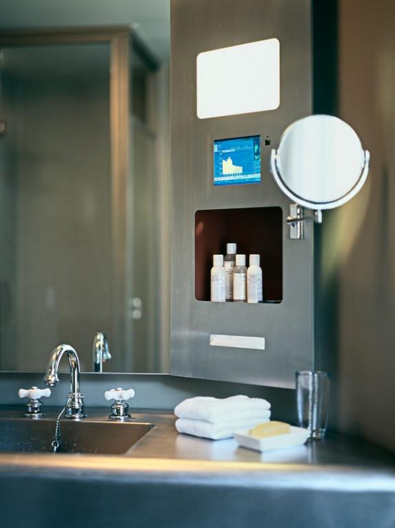 TM_Tribeca-Grand-Hotel_02_Photo-by-Michael-Kleinberg-573x765.jpg