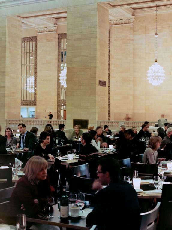 TM_Metrazur-Restaurant_03_Photo-by-Jen-Fong-573x765.jpg