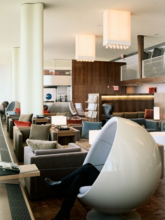 TM_Virgin-Atlantic-Airways-Lounge_01_Photo-by-Richard-Bryant-573x765.jpg
