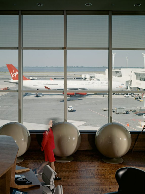 TM_Virgin-Atlantic-Airways-Lounge_02_Photo-by-Richard-Bryant-573x765.jpg