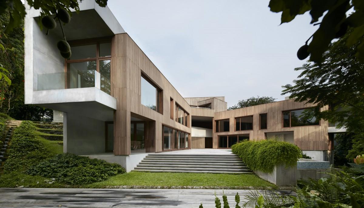 Astrid-Hill-House_2-1200x686.jpg