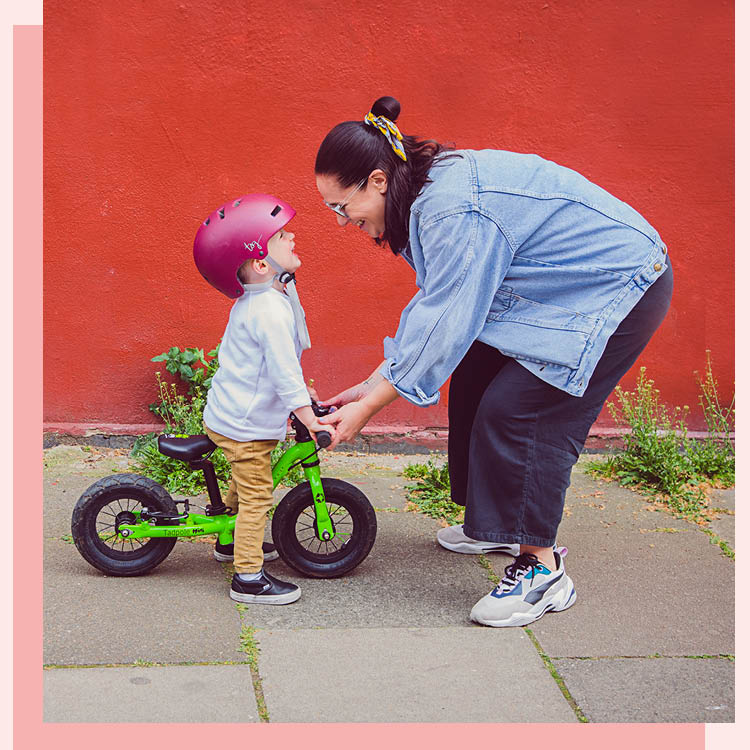 KiwiOz-London-Nanny-Nannies-Be-A-KiwiOz-Nanny-Adventurous-Image.jpg