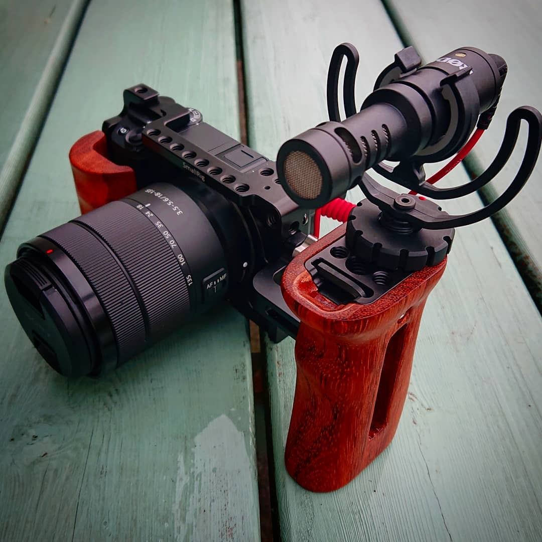 For top quality pics, nothing will beat your DSLR or mirrorless camera!