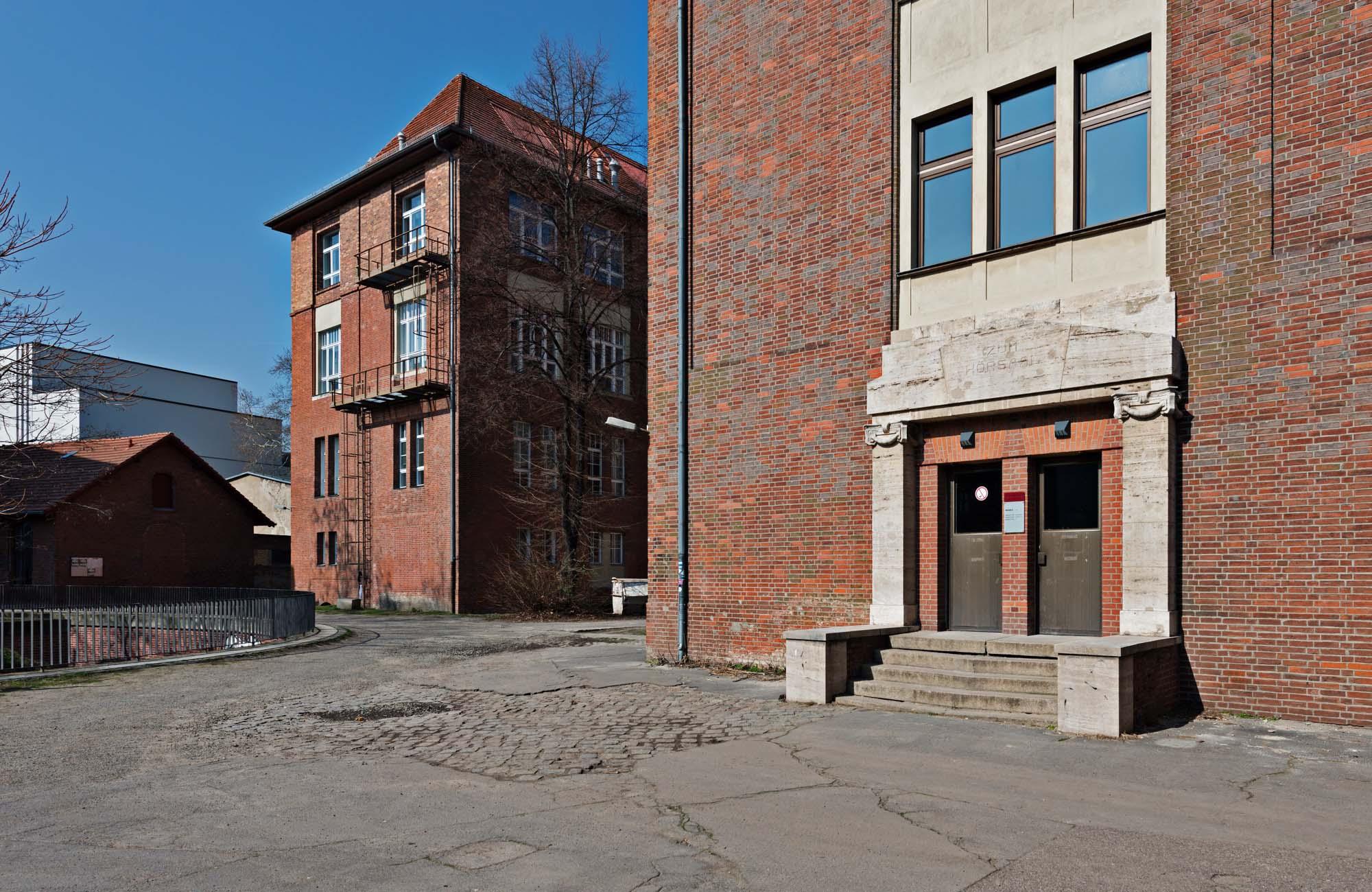 Forschungs- und Seminargebäude Leonor-Michaelis-Haus