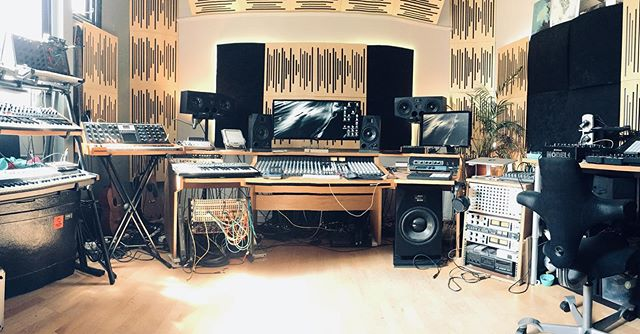 This my studio in Brighton where most of my recent album 'Beneath The Surface' was made. A lot of people have been getting in touch asking how I made various sounds on the record so I thought over the next few weeks I'll share some info about the gear I use and how I made the tracks. If there's anything in particular you want to know, add your comments below and I'll try to cover it! . . 'Beneath The Surface' is out now on @meshmeshmesh_  Link in bio... . . #beneaththesurface #studio #producer #productiontechniques #musicproducer #musicproductiontechniques #musictechnology #techno #electronica