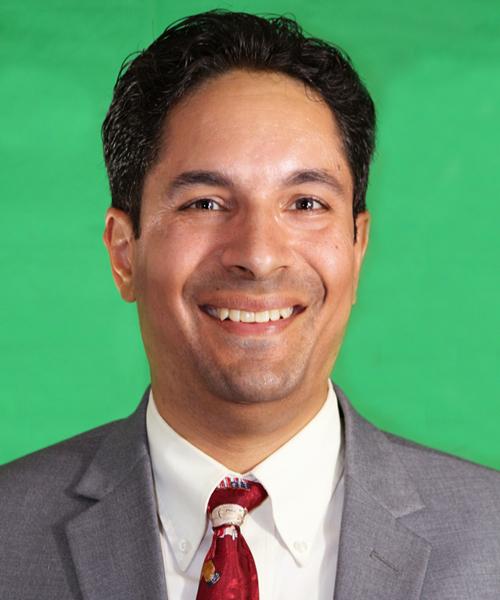 Michael Toledo, Director Ejecutivo
