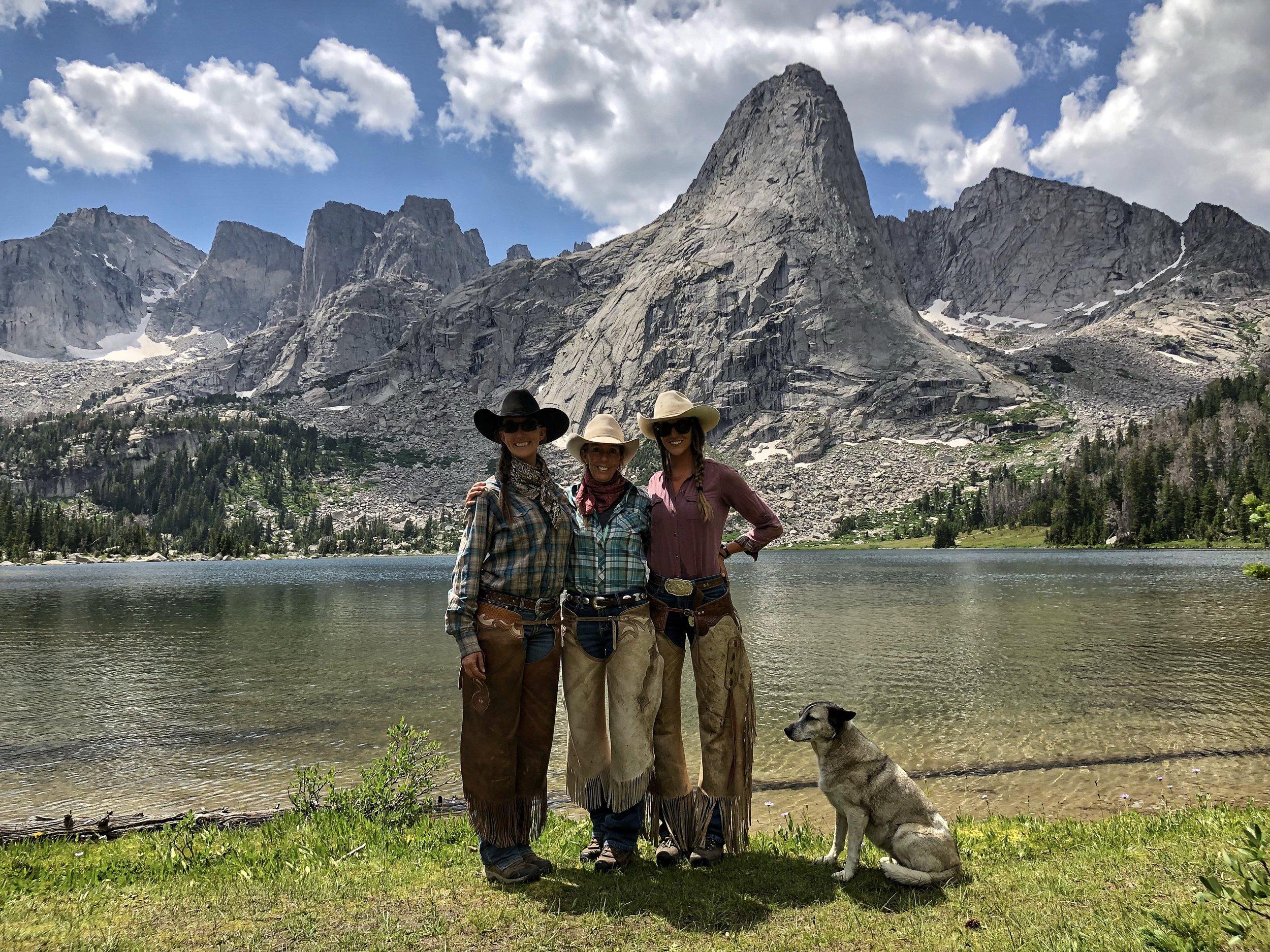 Christin, Mary, Jessie, Scout - 2018
