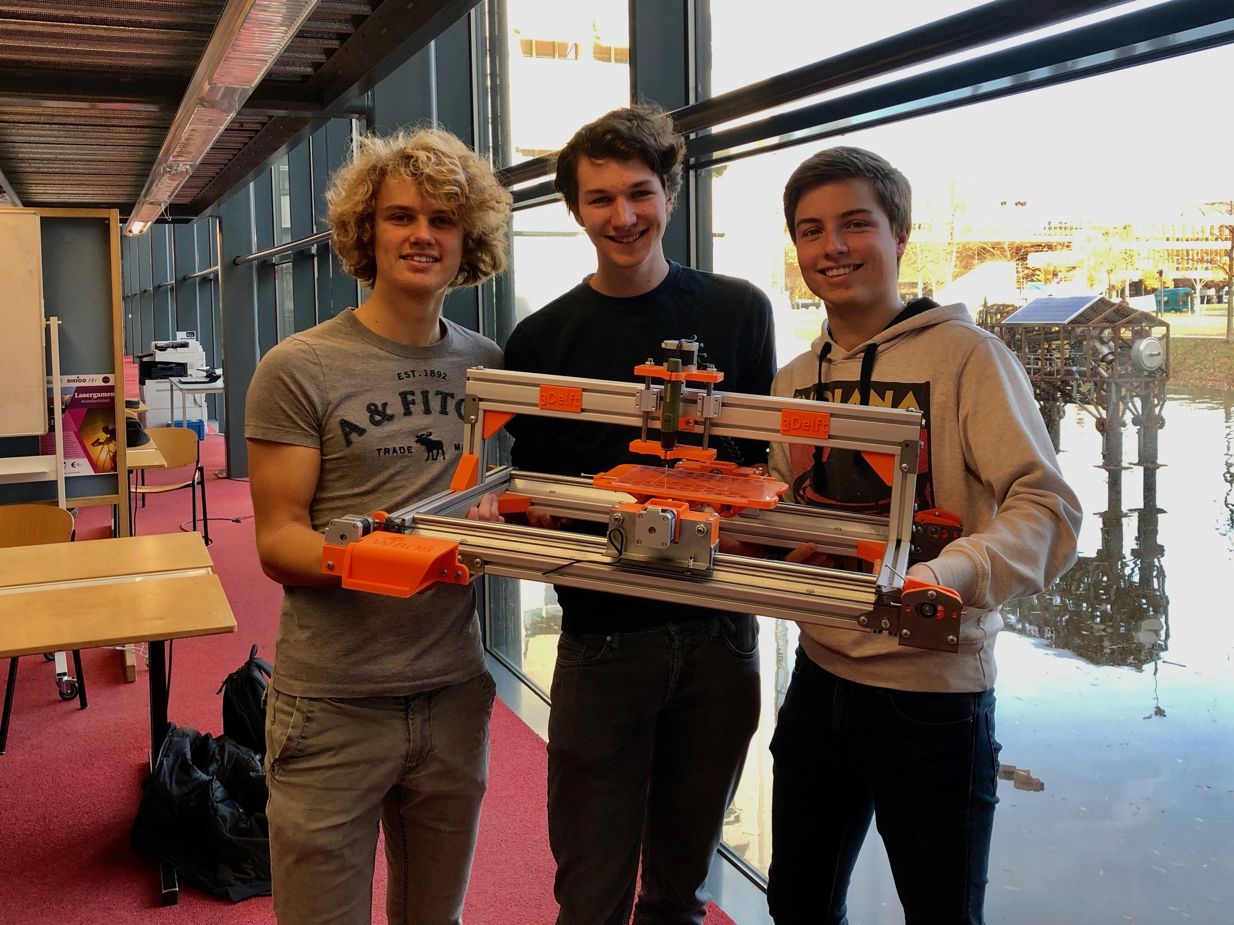 Projectgroup WB08 - The WB08 project group at TU Delft has created a desktop CNC machine that consists of customized 3D printed components. We are proud of their result and we wish them success with the project and the rest of their studies.