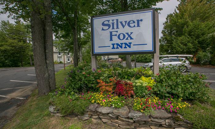 Silver-Fox-Inn-Sign