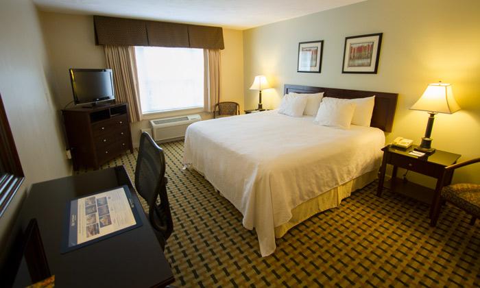 Room-Silver-Fox-Inn
