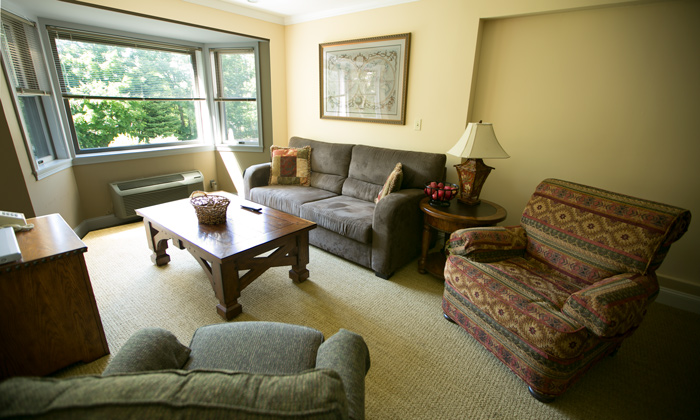 Condominium-The-Valley-Inn