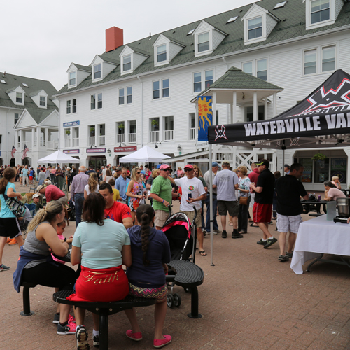 "On Sunday, May 26th from 12pm-2pm area restaurants compete in Town Square for the ""Golden Clam Award."" For a small admission fee, guests can sample each chowder and vote for their favorite.  Enjoy seasonal ale samples and a free outdoor concert."