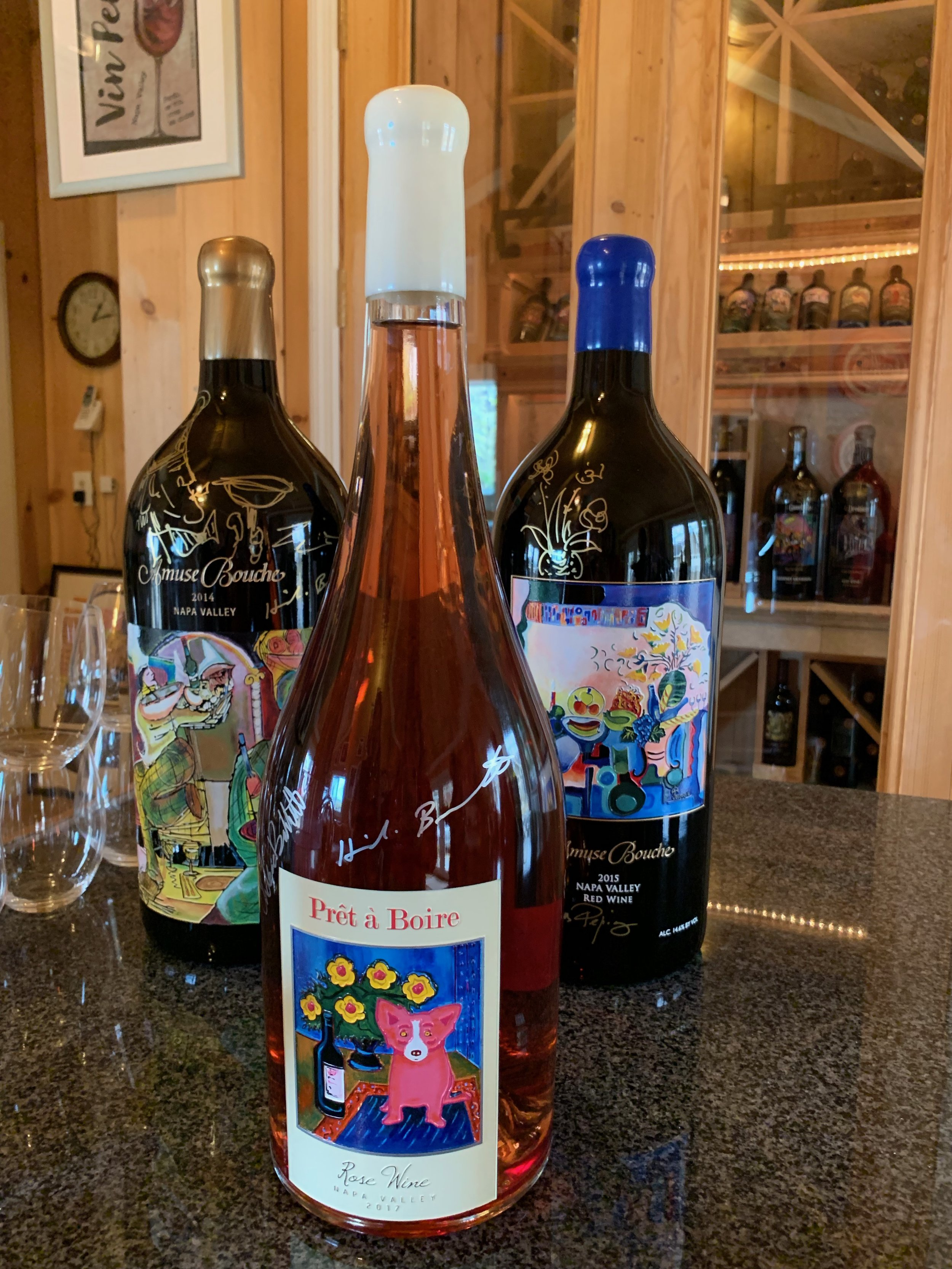 Love this dog on the rosé label by artist, George Rodrigue